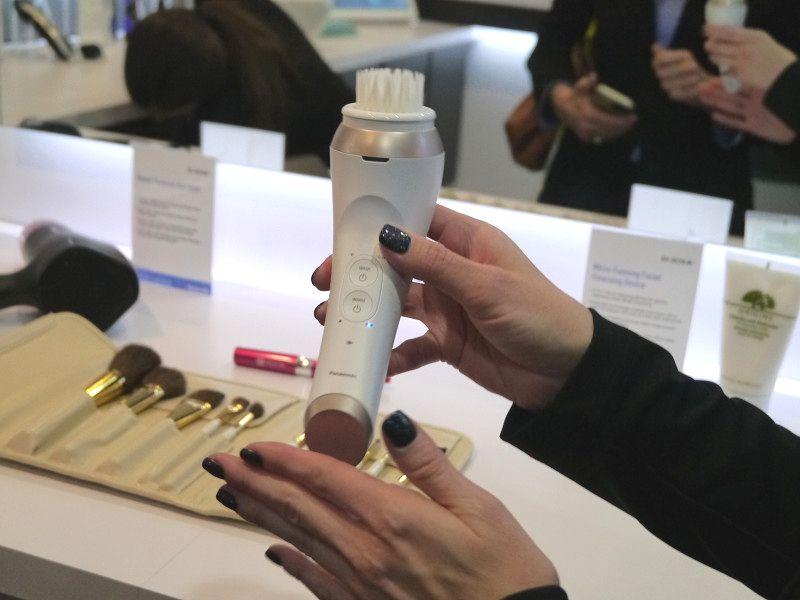今年秋に北米市場に投入する予定の泡洗顔機
