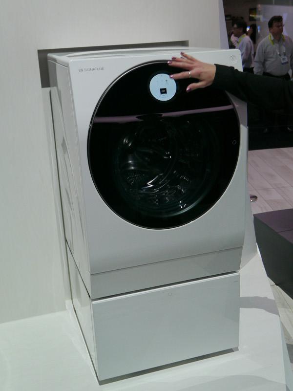 LG SIGNATUREとして発表されたドラム式洗濯乾燥機