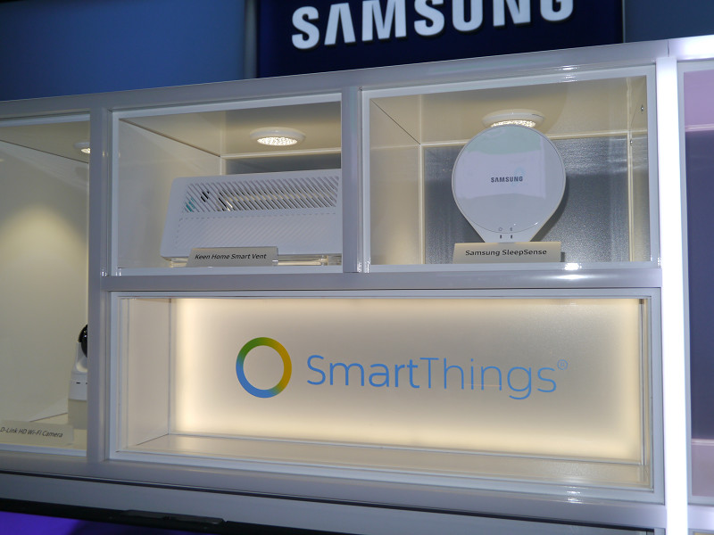 ブース中央ではSmart Thingsの展示が行なわれていた