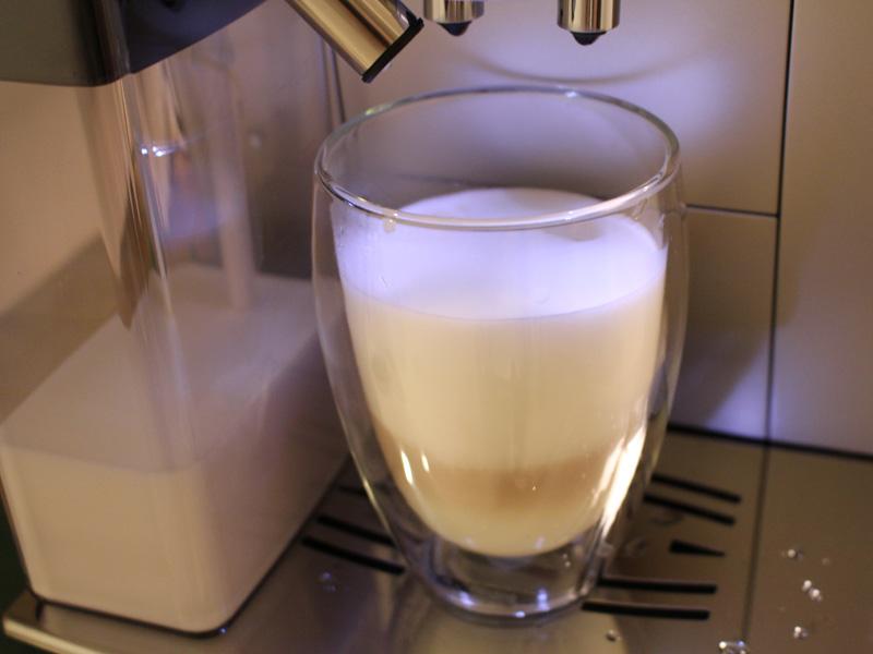 ミルクの甘みをしっかり感じられるフワフワのカプチーノが絶品!