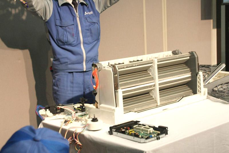 エアコン本体のほとんどが熱交換器。エアコンのにイノベーションをもたらす