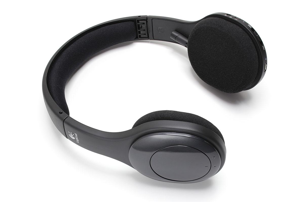 ロジクールの「Wireless Headset H800」は、一見するとヘッドホンですが、アームマイクを装備したBluetoothステレオヘッドセットです。携帯時や保管時は畳むことができます。2011年9月30日発売で、実勢価格は8500円前後です。
