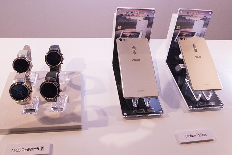 「Zen Watch 3」(左)と「ZenFone 3 Ultra」(右)