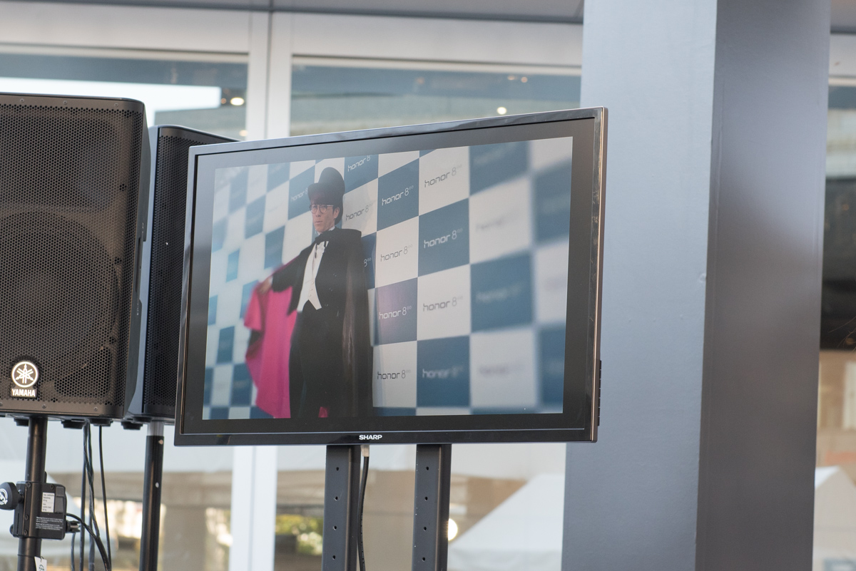 池田美優が撮影した写真。「honor 8」のカメラ機能で、手前と背景がボケた写真に仕上げられた