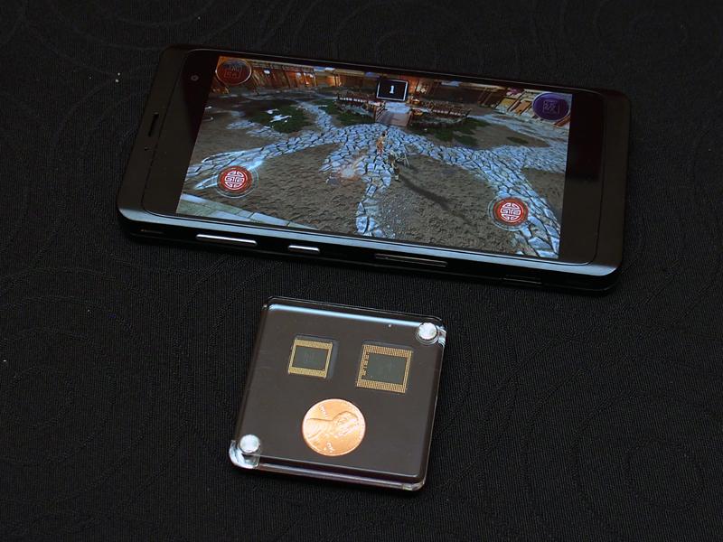 詳細が発表された「Snapdragon 835」と、それを搭載したリファレンス端末