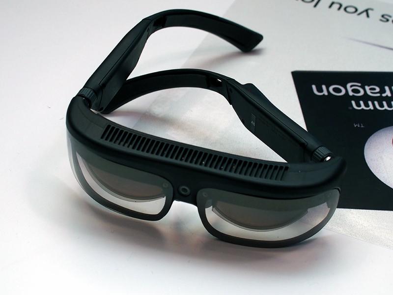 スマートグラスの「R8 AR/VR」