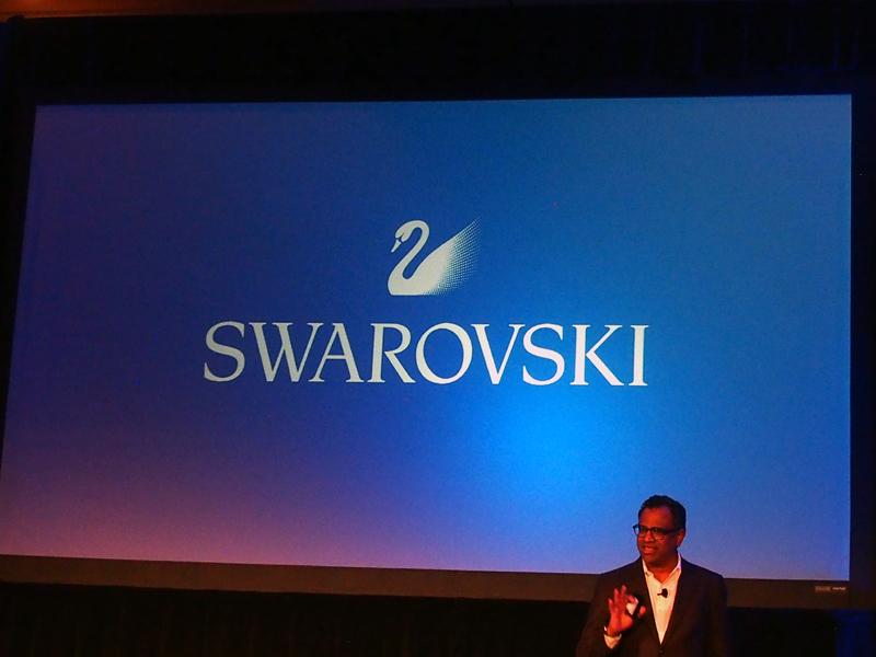 スワロフスキーのスマートウォッチは、「BASELWORLD 2017」で発表される予定