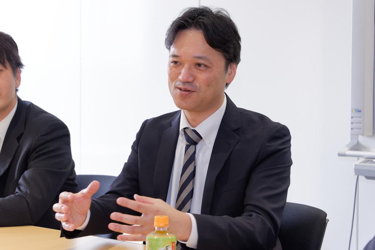 キッズケータイの開発を担当した富士通コネクテッドテクノロジーズの若山 篤氏