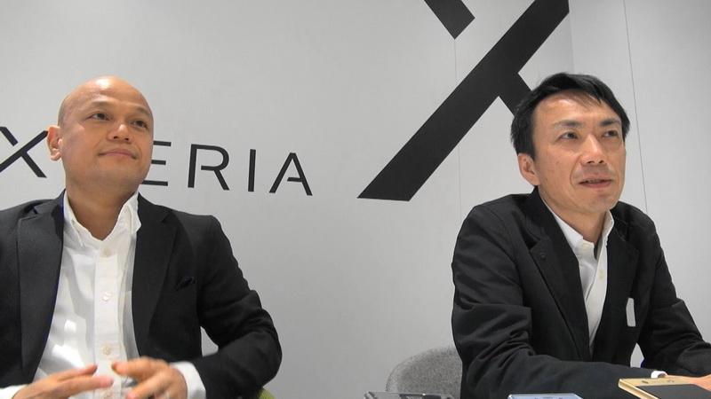 伊藤氏(左)と安達氏(右)