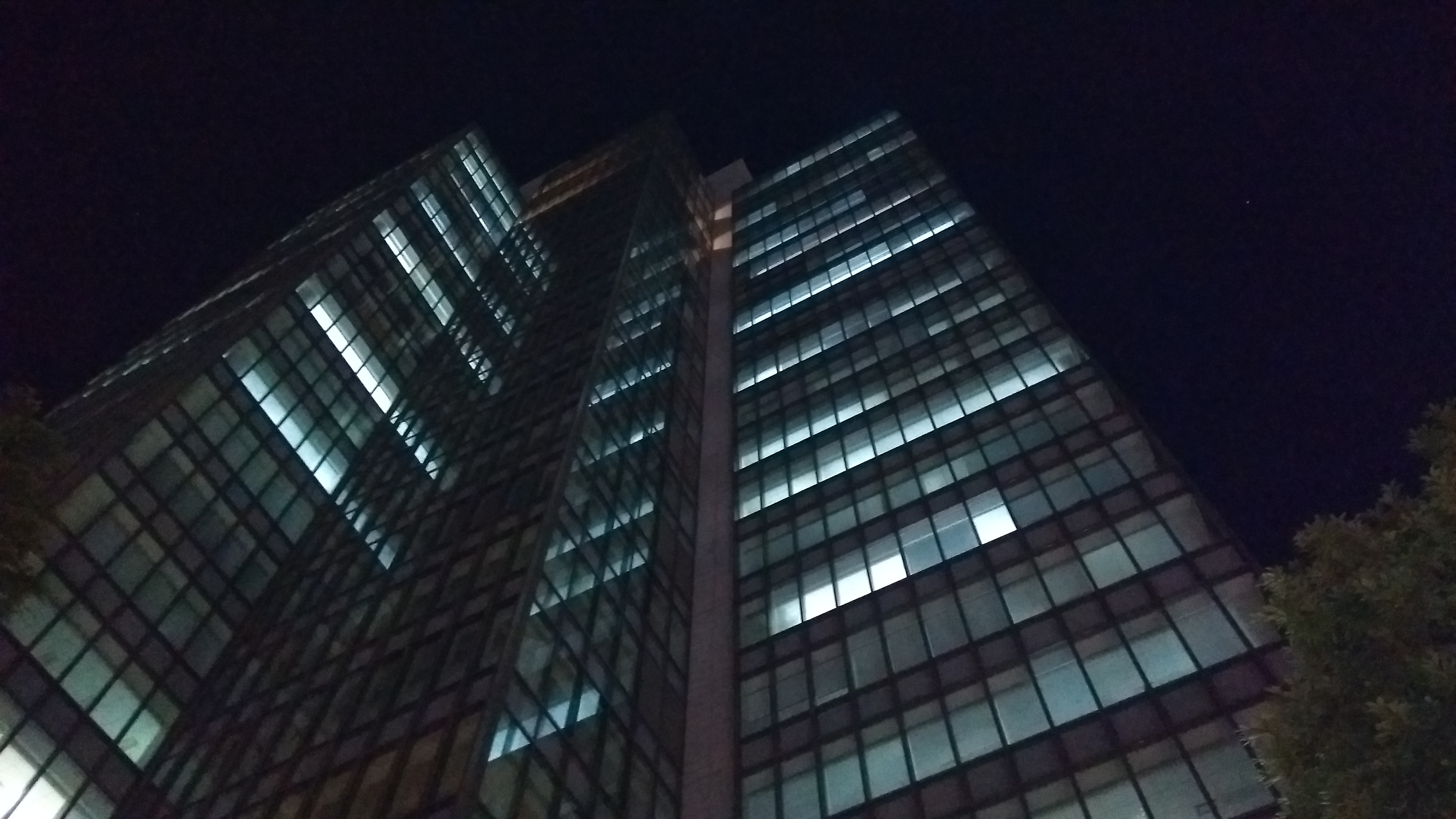 夜間撮影のサンプル