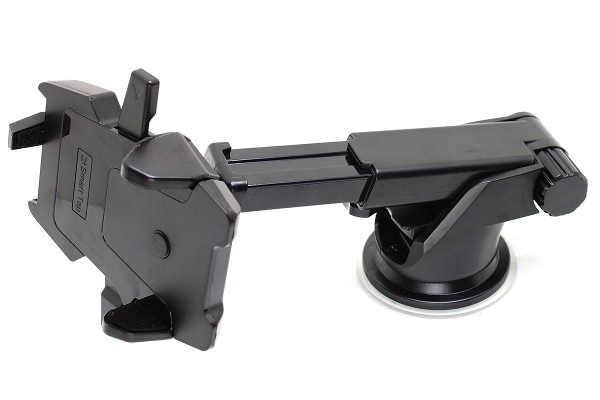 スマートタップの「EasyOneTouch2 HLCRIO121」。2箇所に関節があるアーム式ホルダーです。ダッシュボードへのセットは粘着吸盤式。ホルダー部分は自由に回転でき、ツマミを締めるとしっかり固定できます。
