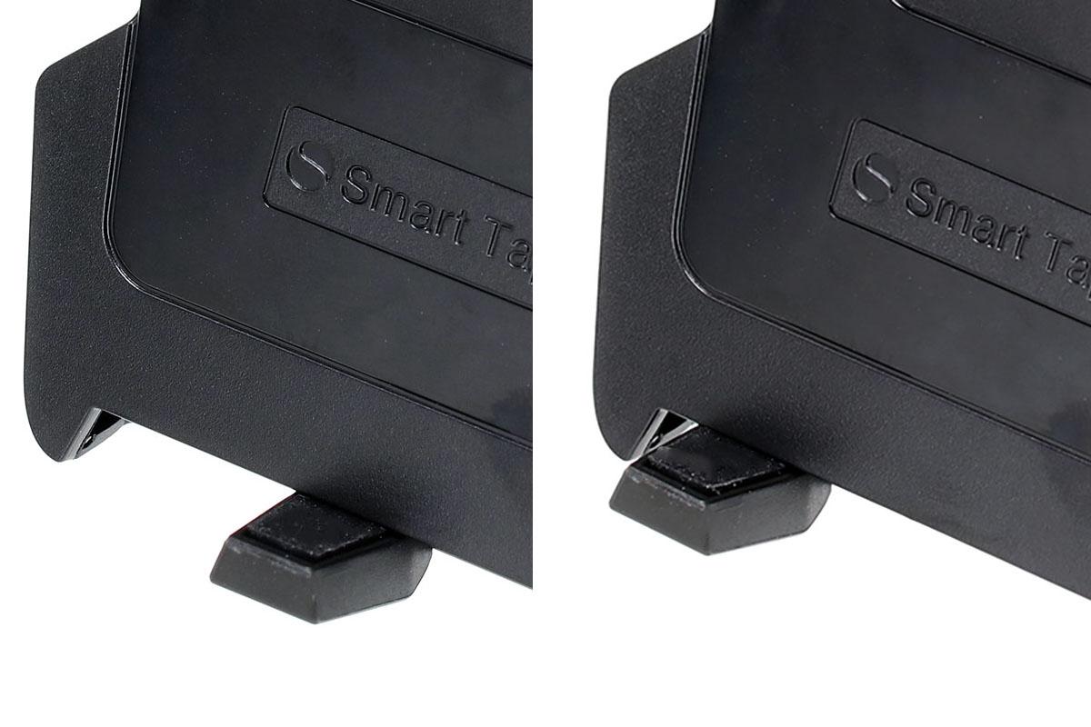 ホルダー背面の関節部はリングで締めたり緩めたりできるタイプ。扱いやすく強度も十分という印象です。ホルダー下側にある端末の滑り落ち防止のバーは、自由な位置にスライドさせられ、充電用やイヤホン用のジャックを塞ぎません。
