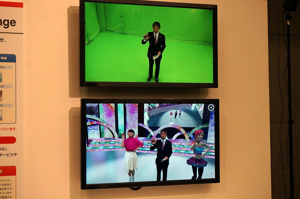 VRでアイドルと共演