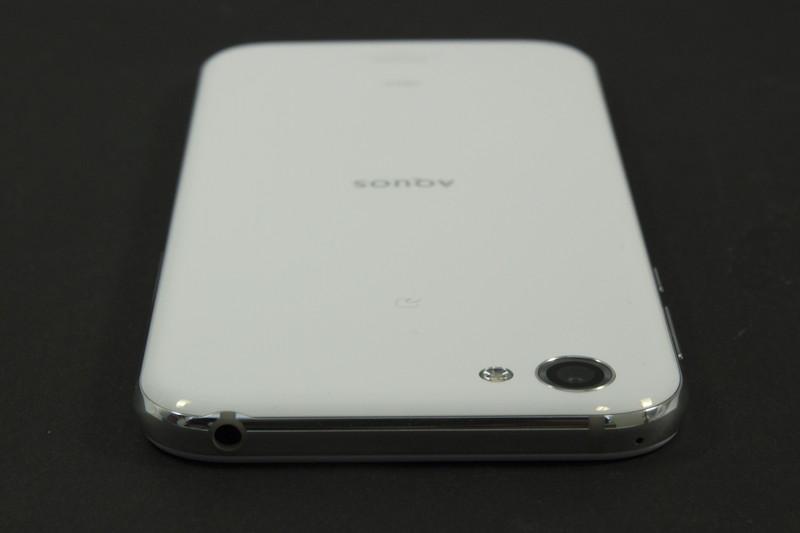 外部端子はUSB Type-C(USB 3.1)