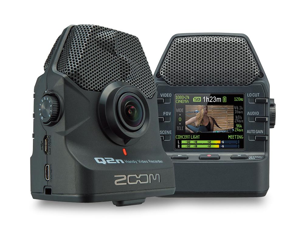 ZOOMのHandy Video Recorder「Q2n」。音楽演奏を高音質で録画するというビデオカメラシリーズで、オプション類も豊富。ホットシューアダプターなんかもあるようです。実勢価格は2万円前後。※画像はメーカーウェブサイトより抜粋。