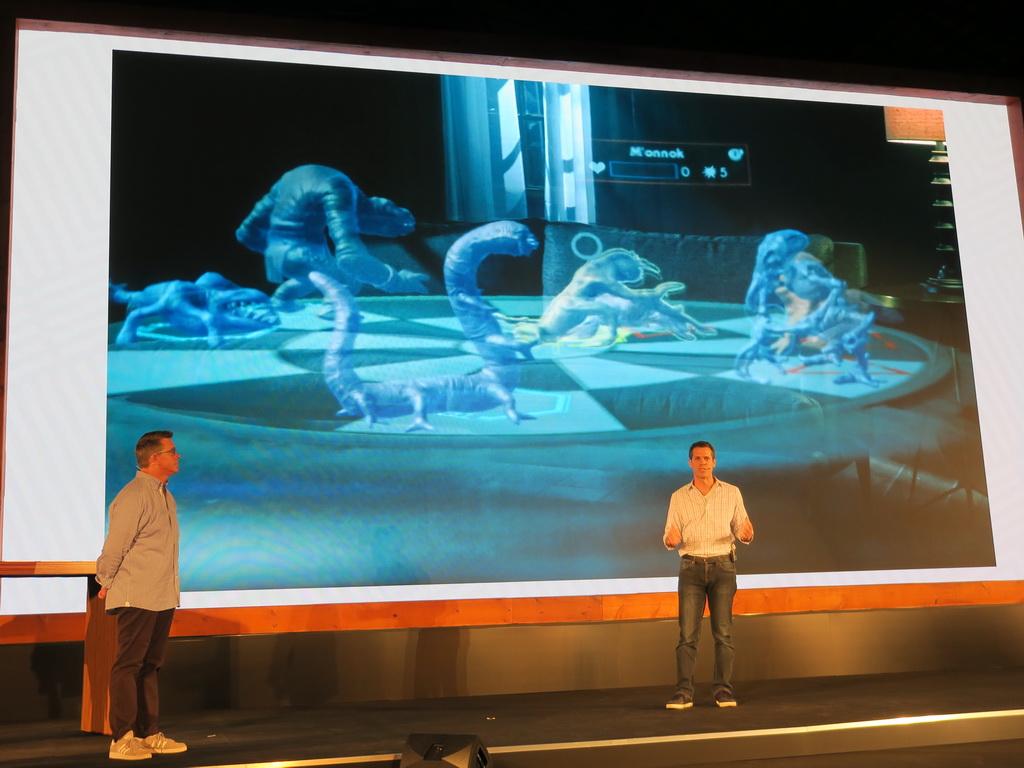 映画の中で描かれたゲームを再現した「ホロチェス」を楽しむことができる
