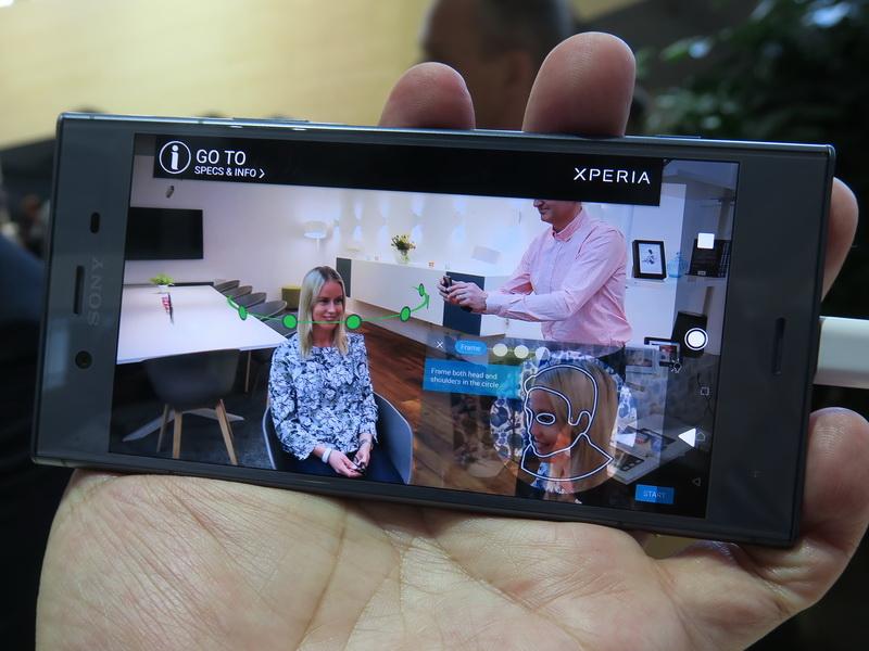 Xperiaにはカメラを使い、人物の顔などをスキャンして、3Dモデリングができる「3Dクリエイター」を搭載
