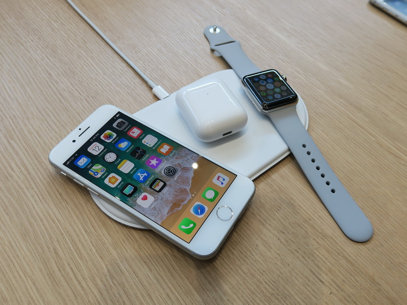 iPhone 8とiPhone 8 Plus、iPhone Xはワイヤレス充電に対応