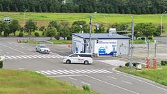 5Gと車・道路のセンサーでリアルタイムに交通状況を把握、ドコモと住友電工が実証実験 実証実験の様子