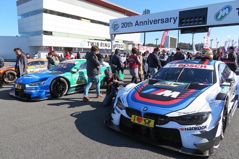 決勝前にはSUPER GTと並ぶ国際GTレースの最高峰DTMのマシンによるデモ走行も