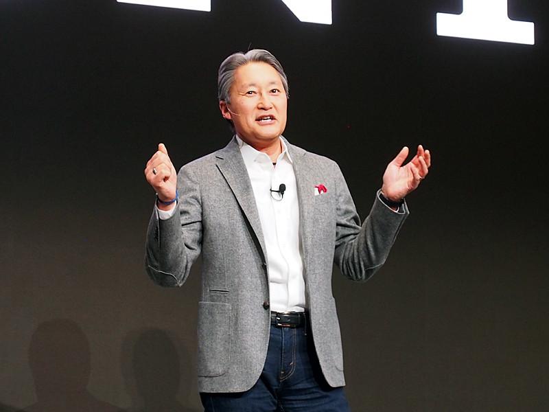Xperia XZ1の実績を紹介する、ソニーの平井社長