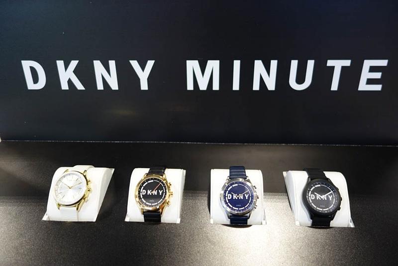 DKNY Minute(ダナ・キャラン・ニューヨーク)