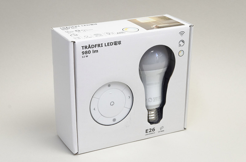 調光スイッチと電球1個がセットになっている