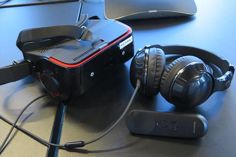 SFチックな内装のACG(Advanced Content Group)ラボでは、VRやAR、ゲームといったコンテンツの研究が行われている