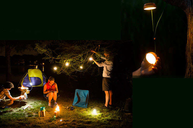 BioLite「SiteLight(サイトライト)」。コンパクトにまとまるLEDランプで最大4つまで連結可能。テント内や枝などに吊して使うライトです。