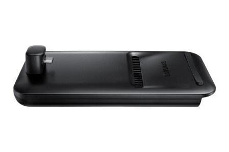 「DeX Pad」と「Galaxy S9」