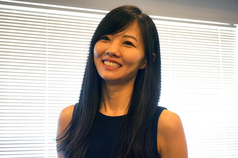 日本生まれ米国育ちという片山まどか氏はUXデザインを担当。カーネギーメロン大学でヒューマンコンピューターインタラクションを学ぶ。その後サンフランシスコやニューヨークのデザイン事務所を経て2011年にグーグルジャパンに入社。YouTubeやGoogleマップなどを担当し、東京のデザインチームを統括した。野村氏とはエイプリルフール企画でGoogleマップで実施したドラクエ風マップやポケモンチャレンジをともに制作。Pokémon GOではポケモンの初期デザインを手がけた。ユーザーコミュニティなどに魅力を感じてナイアンティックに入社