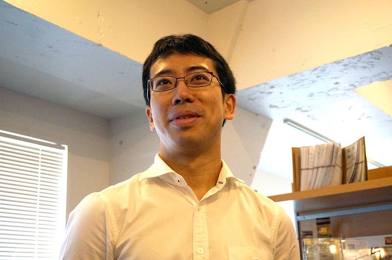 エンジニアリングリードの淺川浩紀氏は、名古屋工業大学からIPAの未踏プロジェクトをきっかけに東京大学に入学。2008年に卒業してグーグルジャパンに入社し、10年間の勤務でテックリードマネージャーなどを経験した。大企業であるグーグルから外に出ることを考えていたところへ今回、ユーザーを幸せにしたいと語るナイアンティックのスタッフたちの考えに魅力を感じ、ジョインすることを決めたという。趣味のフルマラソンでは3時間半を切る