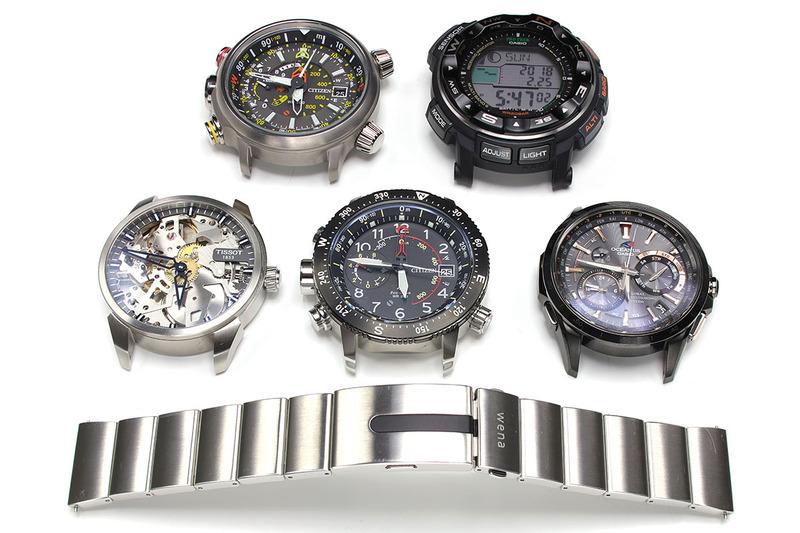 wena wrist pro に各種腕時計ヘッドを装着したり、そのときにあると便利な道具を紹介したり、wena wrist pro と Apple Watch を合体させたりしました。