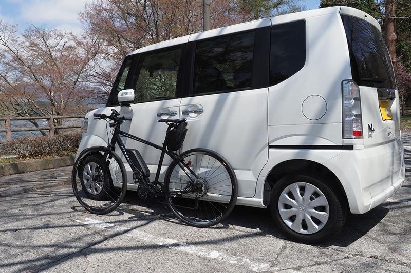 ときにはクルマに自転車を積み、観光地まで行ってからポタリング。自転車ならではの自由で広い範囲の観光を楽しめます。