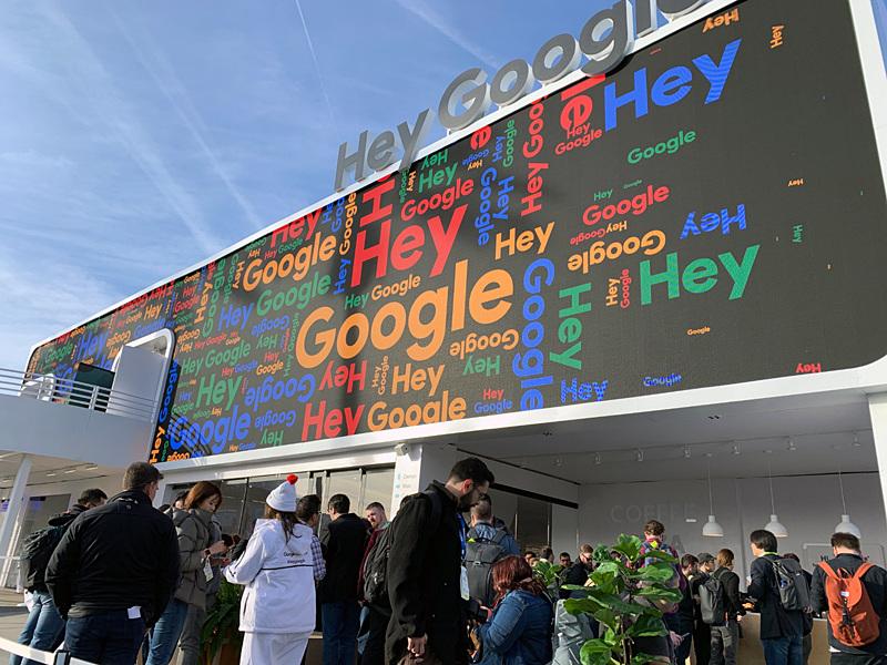 CES会場の屋外に設置された「Googleアシスタント Playground」で、報道陣向けの説明会が開催された