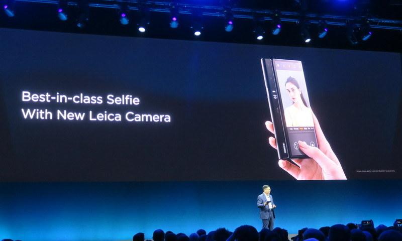 カメラは同社製端末でおなじみのLeicaカメラを搭載