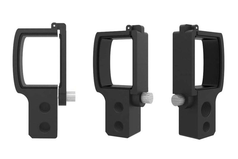 XBERSTARブランド品。1550円でした。Osmo Pocketを三脚に固定できるアダプターで、Osmo Pocketに三脚ネジ穴を追加するといった感じのシンプルなつくりです。アルミ製で十分に高い固定力があります。