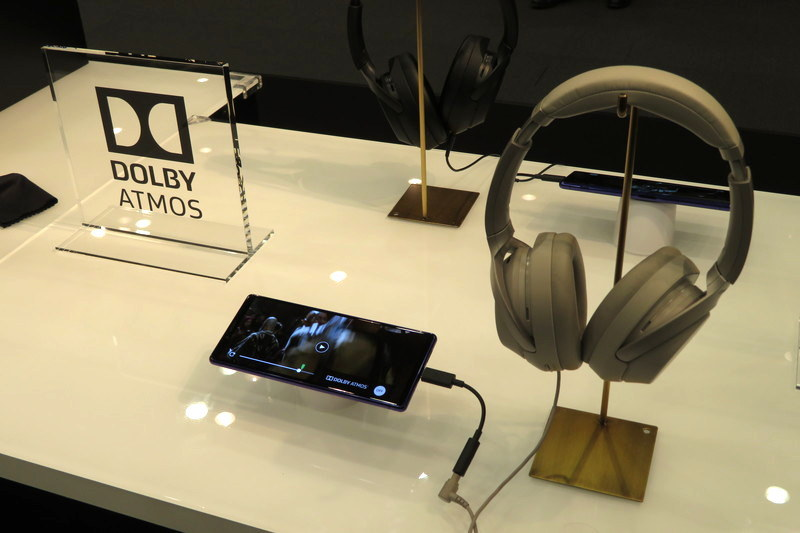 立体音響技術「Dolby Atmos」に対応