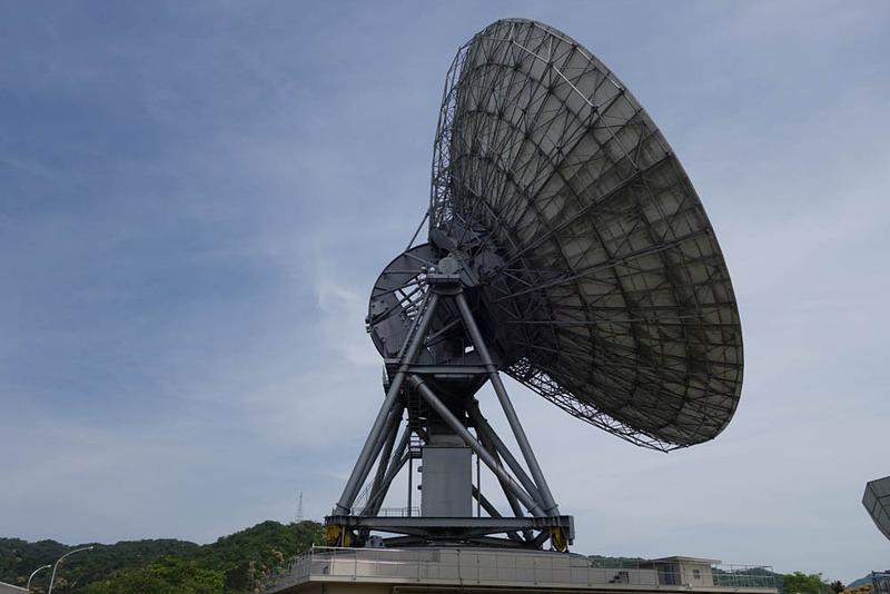 こちらは第1電波望遠鏡。基本的な構造は第2電波望遠鏡と似ている。こちらは200トン程度と軽量化されている