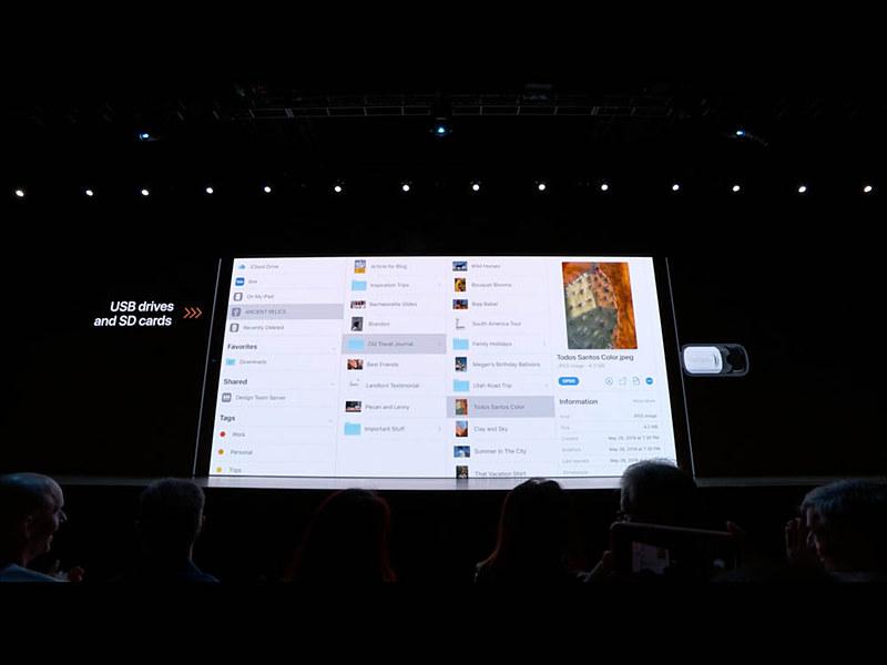 ファイルアプリのカラム表示。一番右に選択中のファイルのプレビューや詳細情報、クイックアクションが表示されるあたりもmacOSと似ている