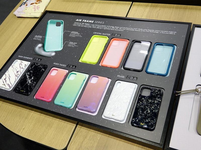 IFAのiZONEには、新型iPhone用のケースがところ狭しと並んでいた