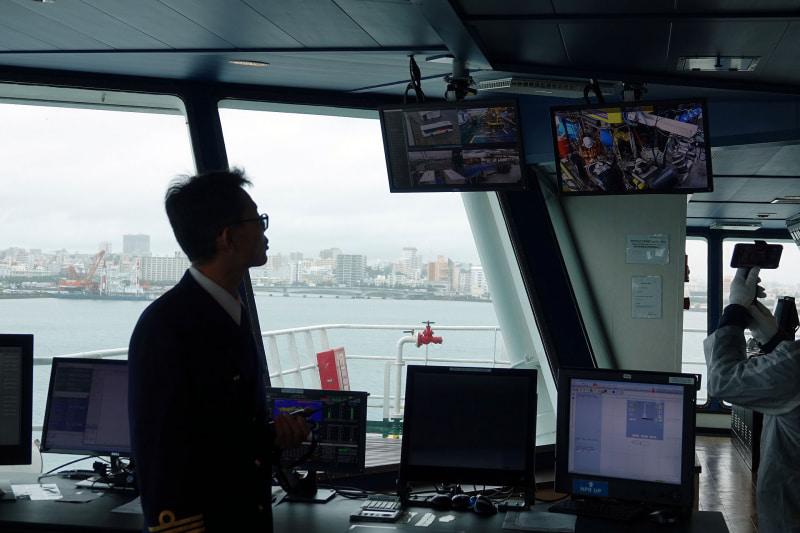 船内各所のカメラが捉えた映像もブリッジで確認できる