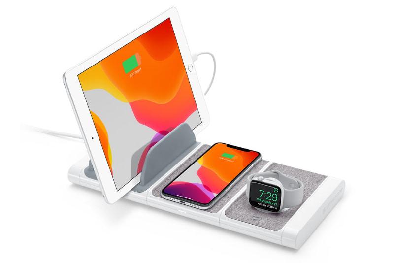 コチラは「Scosche BaseLynx Modular Charging System Kit」。複数の充電台を組み替えて使えるモジュール式のチャージャーなでのあり、ヒッジョーに便利なので絶賛愛用中だョ!!!