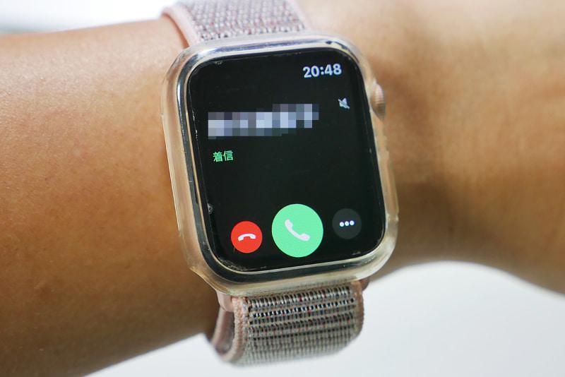 iPhone Xに着信したときのApple Watch