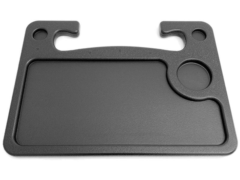 サイズは幅40×奥行き29.5×暑さ2cmで、質量は545g、耐荷重は約5kg。けっこう頑丈なさわり心地。表側にはドリンク用スペースがありつつ、大きなスペースは1段階凹んでいるので、モノの落下防止になる。裏面は台形っぽい浅めの凹みスペースがある。