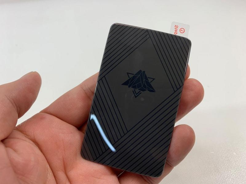 スマートフォン用冷却シート「スマ冷え」(実売価格:1430円)