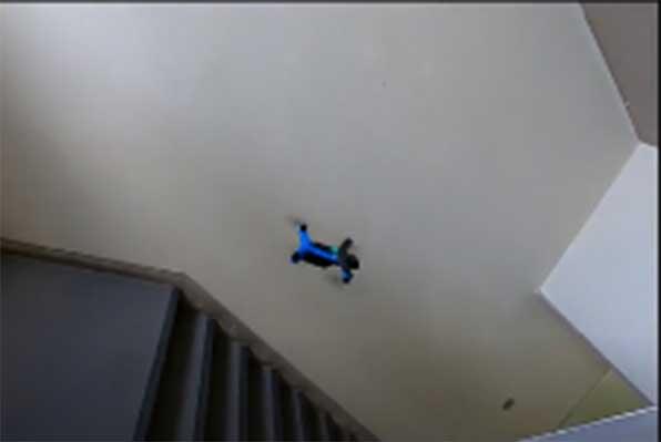 Skydio 2による屋内の自律飛行