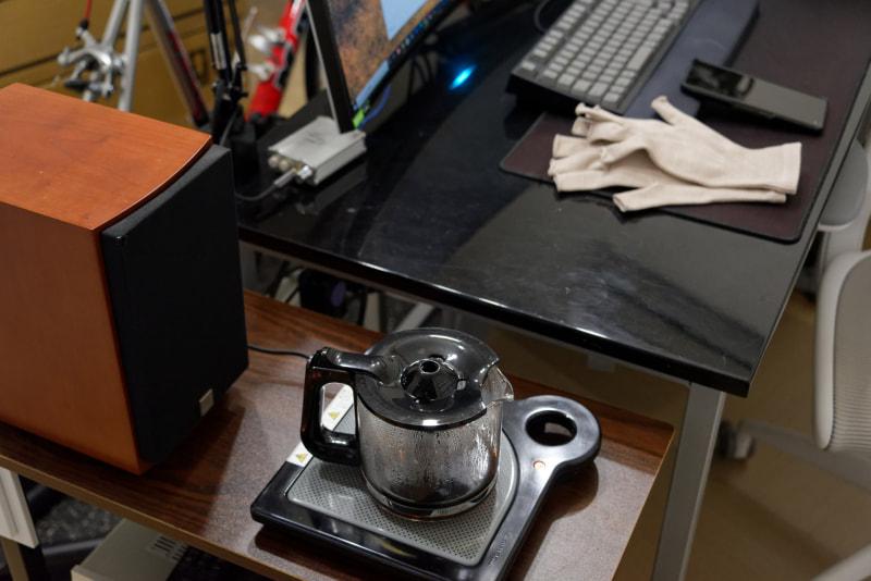 仕事中、いつでも熱々のコーヒーが飲める