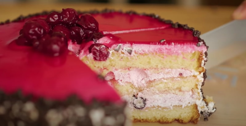 焼き工程のあるお菓子「ケーキ」