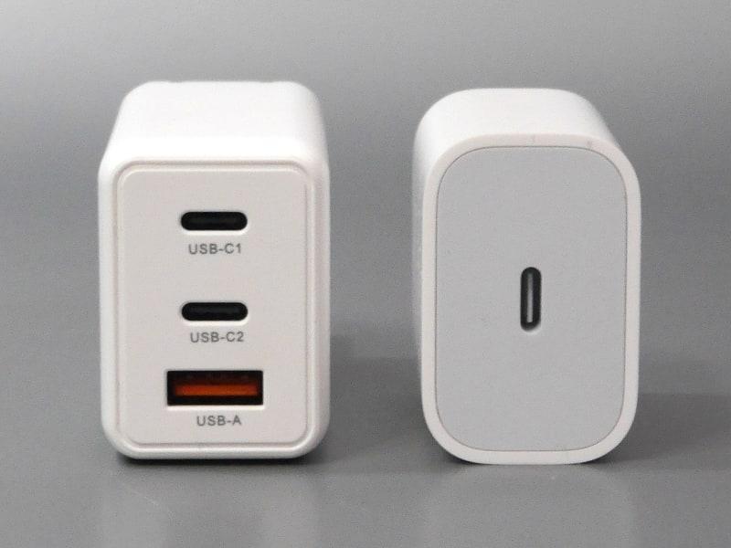 iPhone/iPadなどに付属するApple USB-Cアダプターとの比較。断面はほぼ同じ面積だ